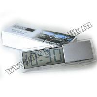 Автомобильные электронные часы с прозрачным ЖК дисплеем
